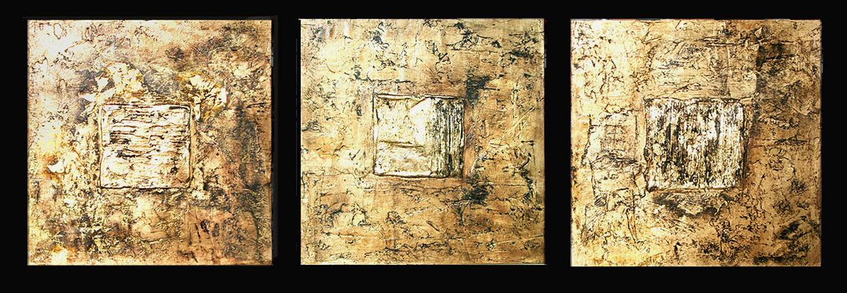 Piastre oro Collezioni private Gesso modellato su multistrato. Colorazione con pigmento oro, foglia similoro. Cm 60×60