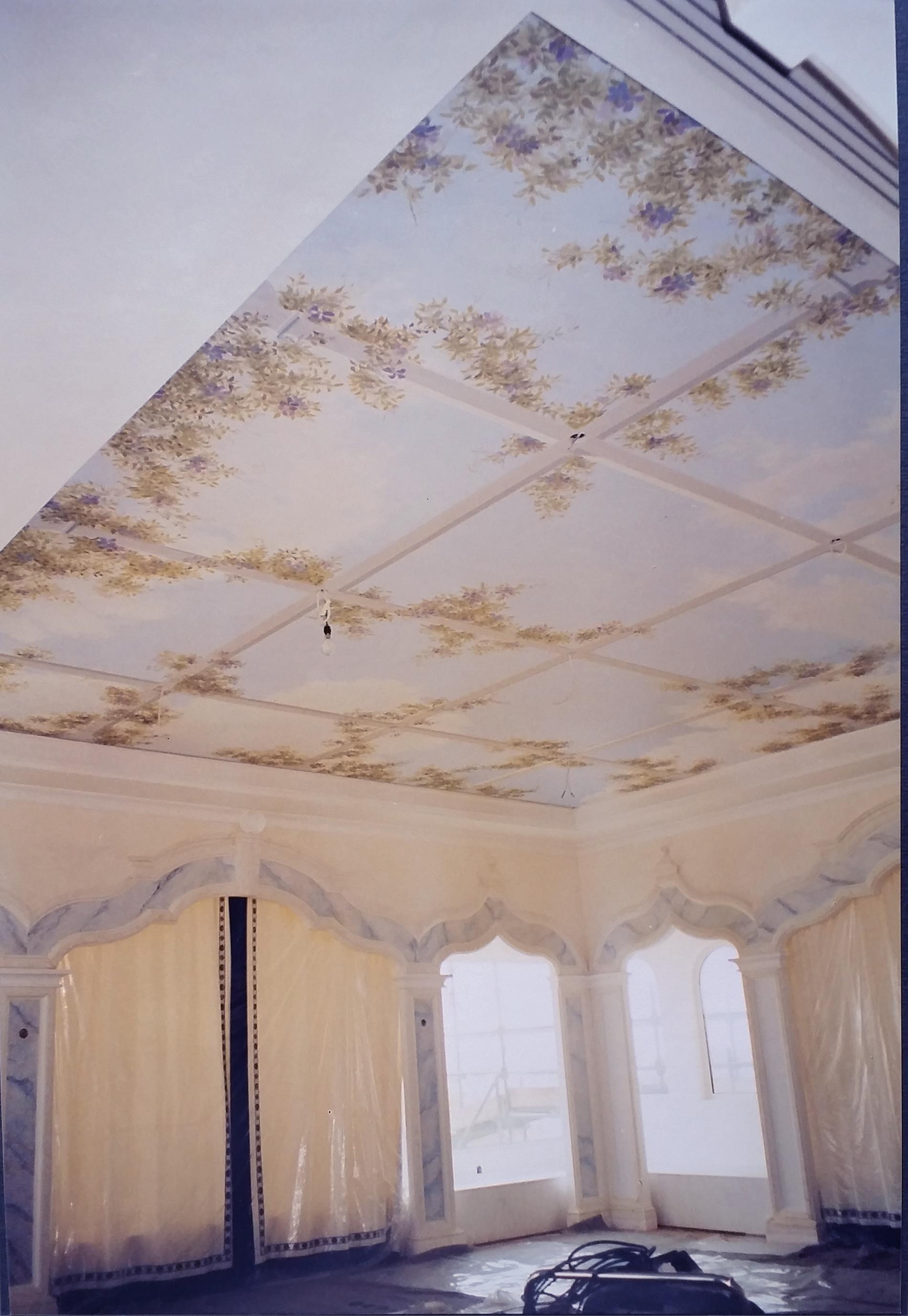 """Residenza Primo Ministro Doha Qatar Finti marmi e trompe l'oeil """"gazebo""""su soffitto.Tecnica mista. Colorazione ad acrilico su"""