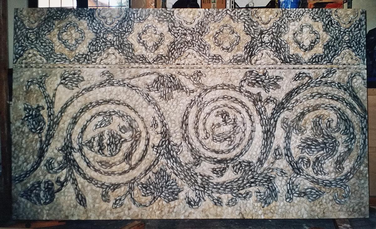 Finto mosaico con ciotoli Hall albergo Favignana Sicilia Tecnica mista. Colorazione ad acrilico su tela. Mq 22