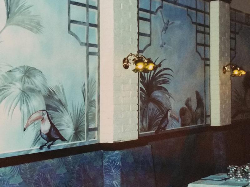 trompe l'oeil Gazebo con pappagalli Ristorante Roma Tecnica mista. Colorazione ad acrilico su tela. Mq 60